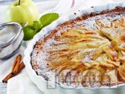 Постен обърнат сладкиш / пай с ябълки от кокосово или соево мляко, стафиди, бадемов марципан и фъстъчено масло - снимка на рецептата